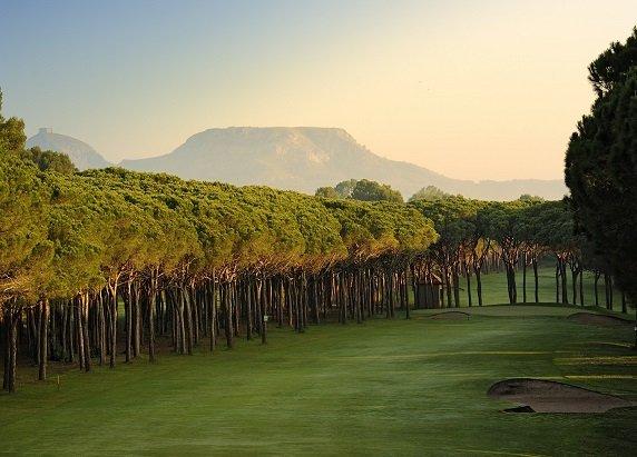 Paquete de golf ALBATROS · 4 días con Media Pensión
