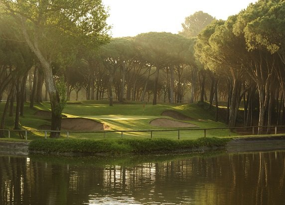 BIRDIE Golf Package · 2 nights with Half Board