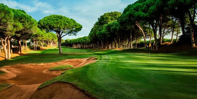 Jugar al golf en La Costa Brava