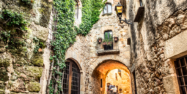 Pueblos con encanto en la Costa Mediterránea