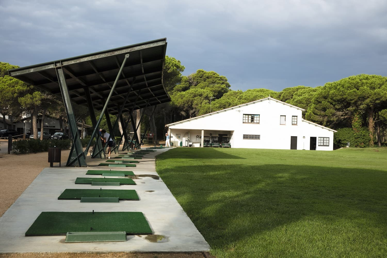 galeria/golf/026_golf_de_pals_jacobsjoman_driving-range_1500pxls.jpg