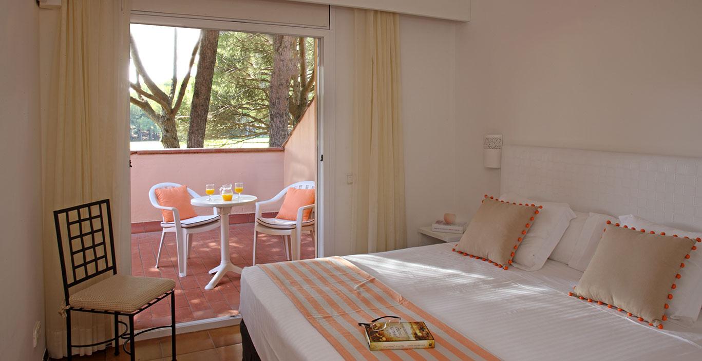 habitacions/villa1_i_2/Villa1_Hab.-Doble-Terraza.jpg