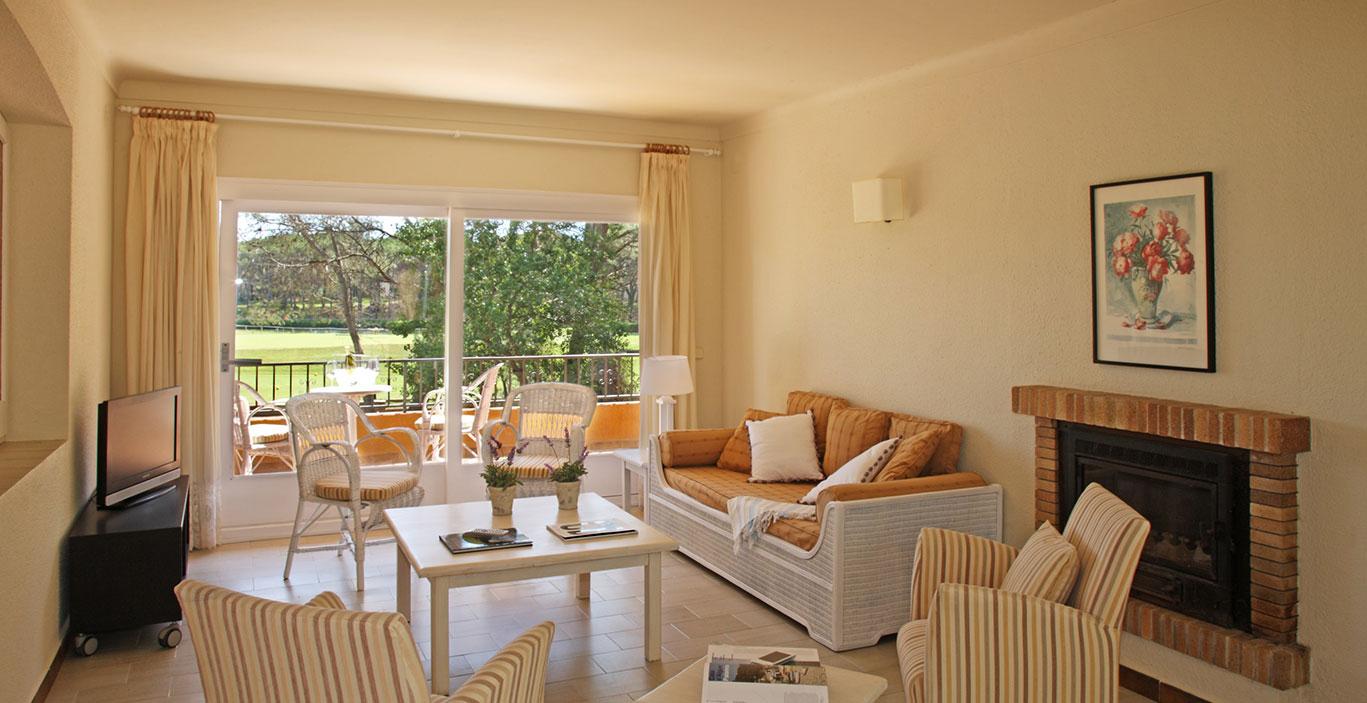 habitacions/villa3-/Villa3_Sala-de-estar_terrazza_2500pxls.jpg