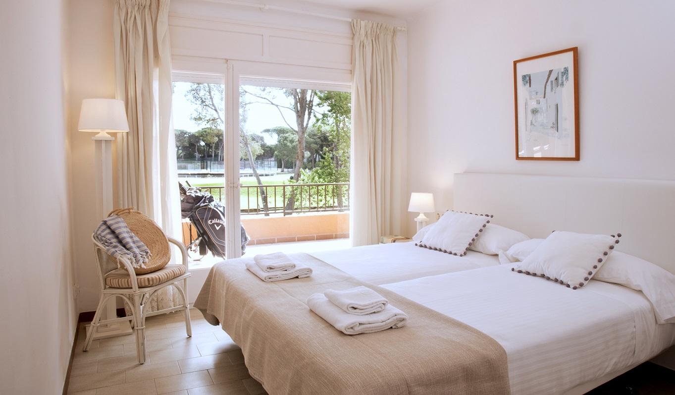 habitacions/villa3-/villa3_habitaciodoble_2_terrassa_web.jpg