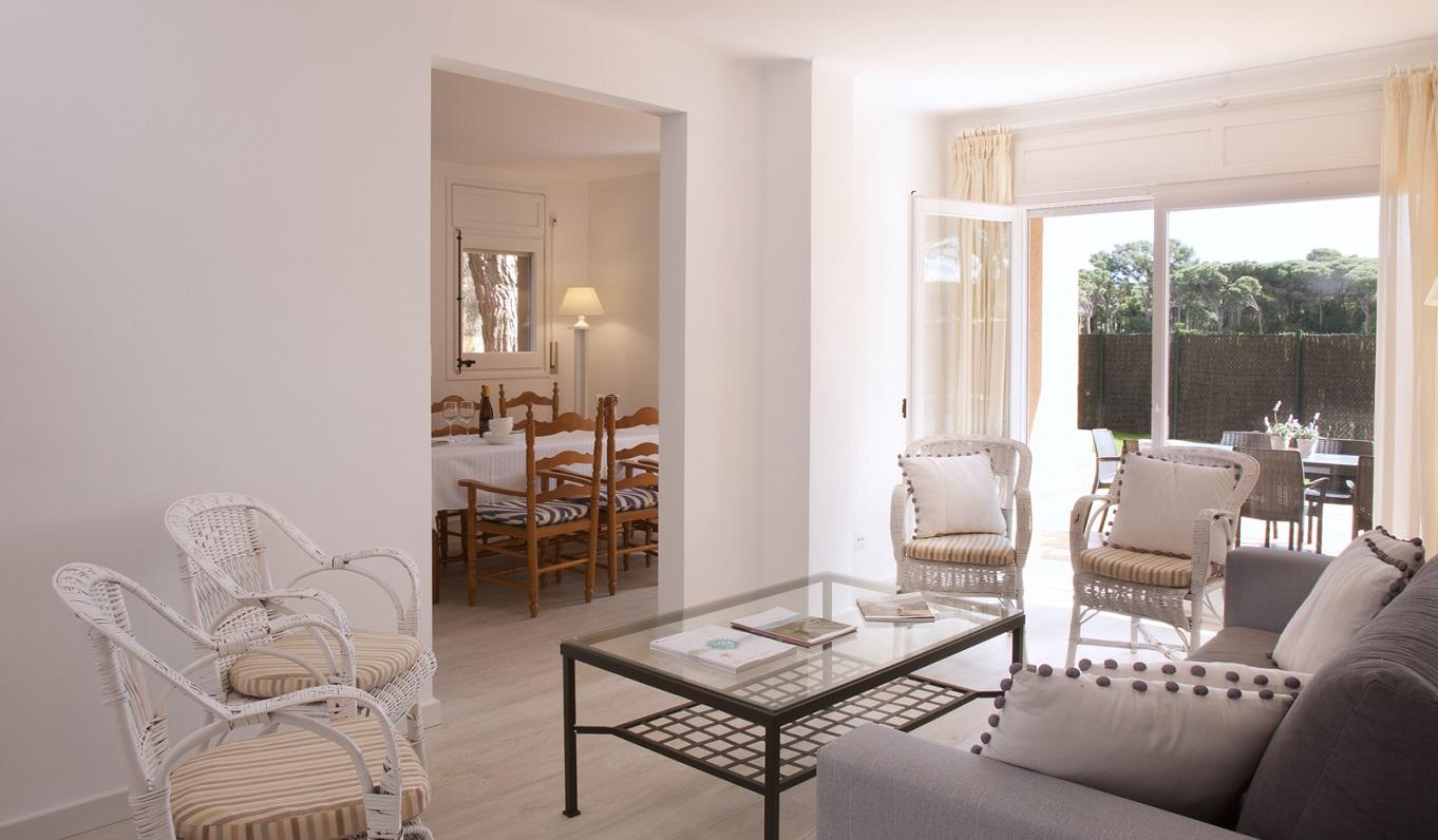 habitacions/villa3-/villa3_salaestar_plantabaixa_web.jpg