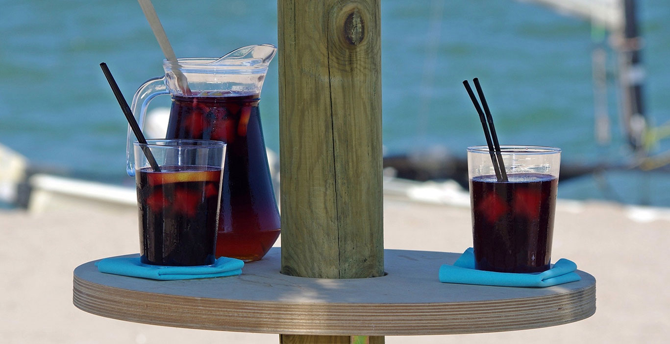 restaurants/beachclub/Havana-Beach_sangria-playa.jpg