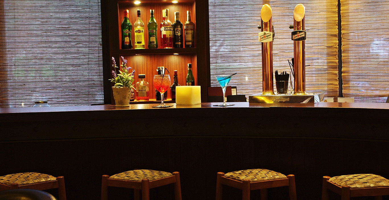 restaurants/havana/Bar-Havana_barra_2.jpg